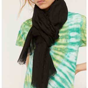 New UO Linen Scarf
